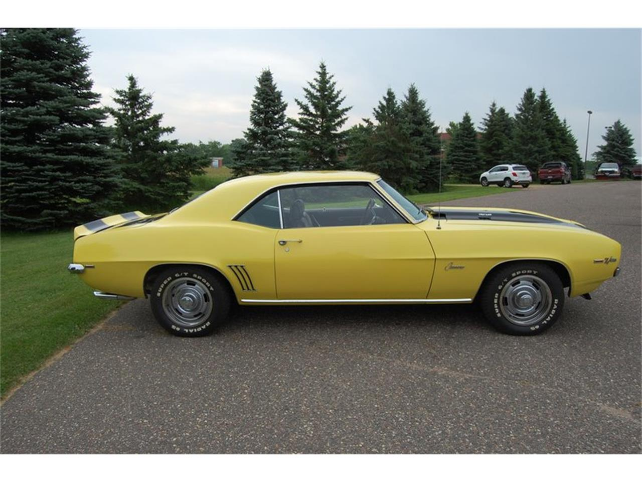 Large Picture of '69 Camaro Z28 located in Minnesota Offered by Ellingson Motorcars - QYV7