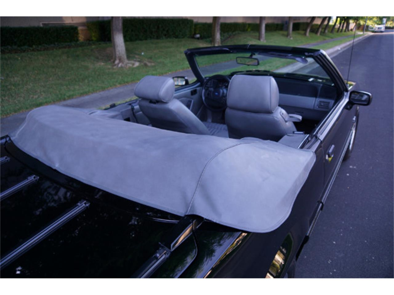 Large Picture of '89 Mustang GT - QYX3