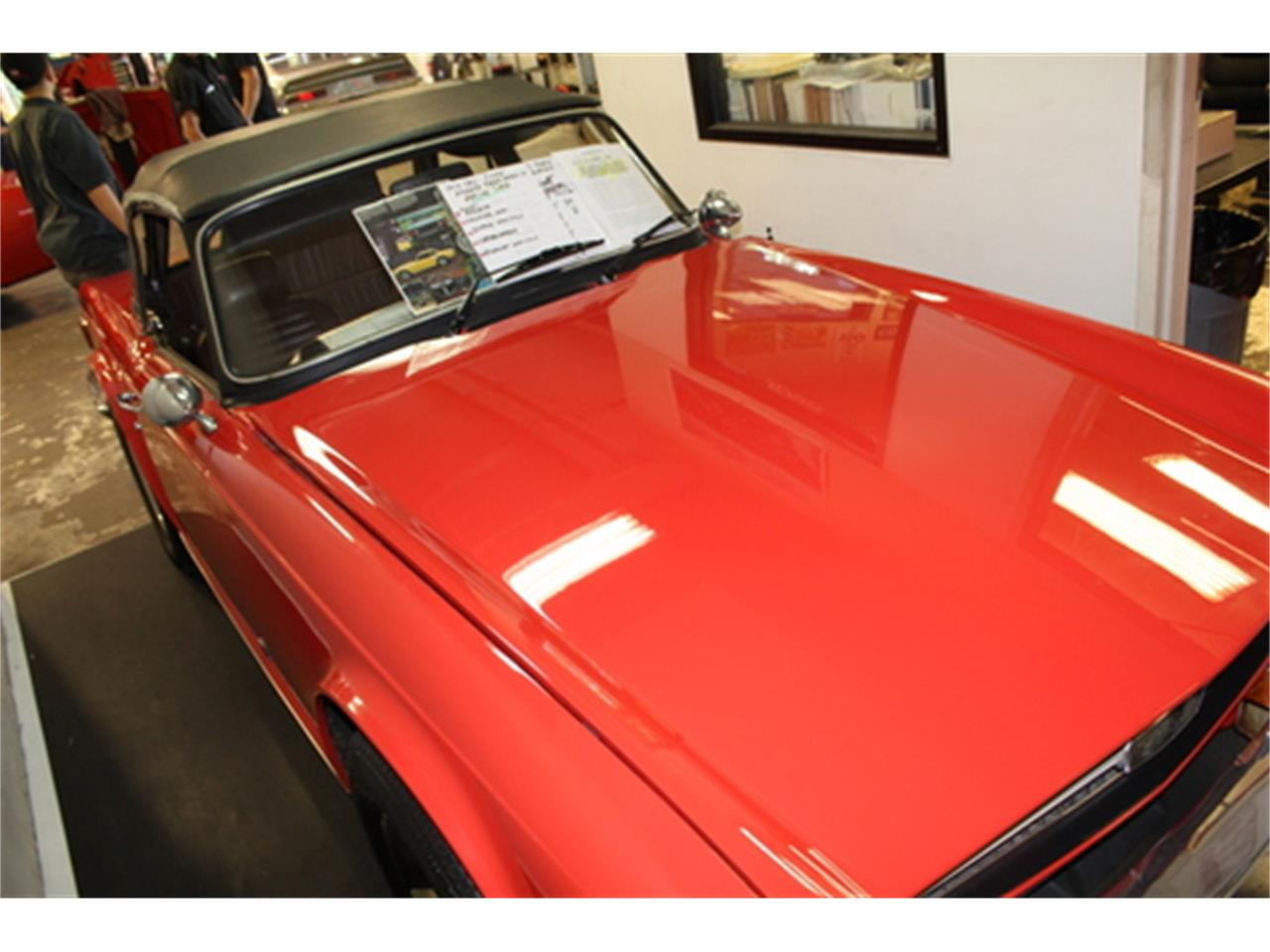 Large Picture of '74 TR6 - QYZI