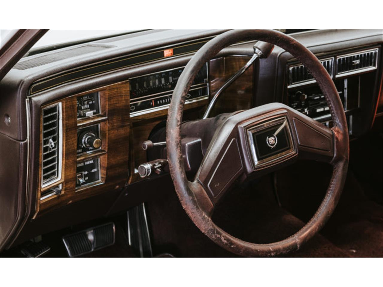 Large Picture of '89 Brougham - QZ03