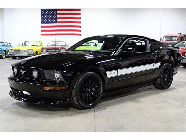 Picture of '07 Mustang - QT64