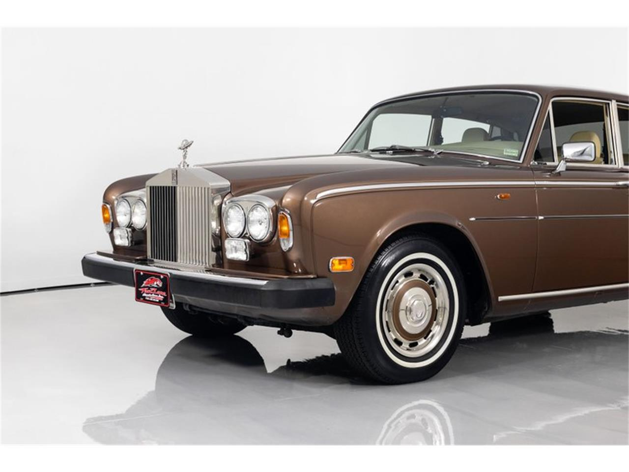 Large Picture of 1981 Rolls-Royce Silver Shadow II - QZ5G