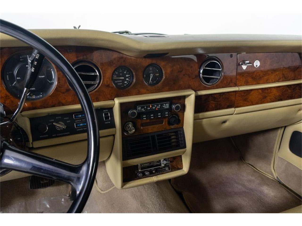Large Picture of '81 Silver Shadow II located in Missouri - $32,995.00 Offered by Fast Lane Classic Cars Inc. - QZ5G