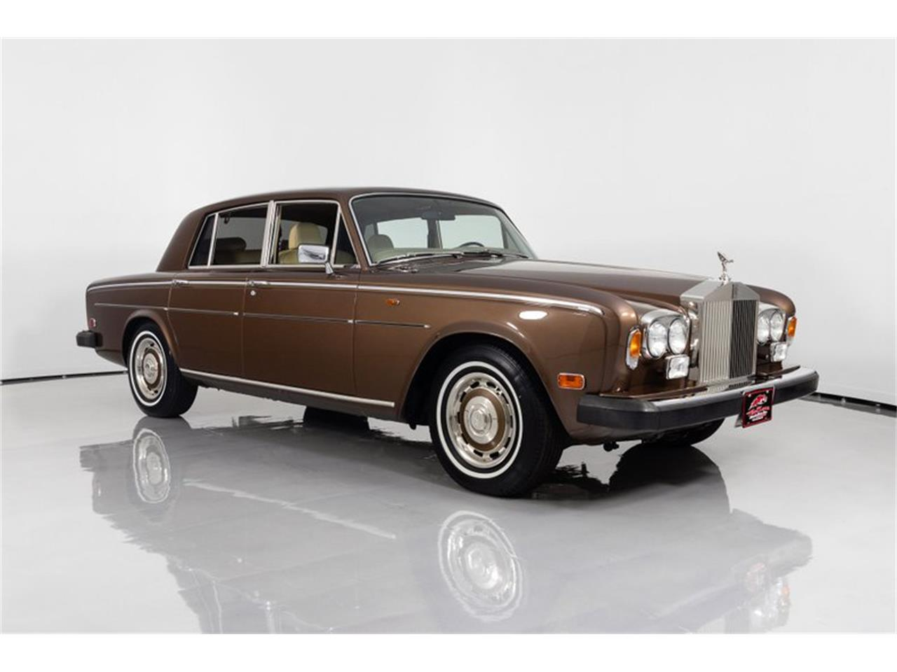 Large Picture of 1981 Rolls-Royce Silver Shadow II located in St. Charles Missouri - $32,995.00 - QZ5G