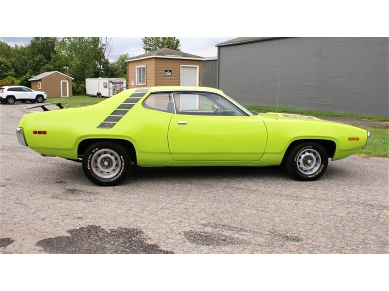 Large Picture of 1971 Plymouth Road Runner Offered by Great Lakes Classic Cars - QZ75