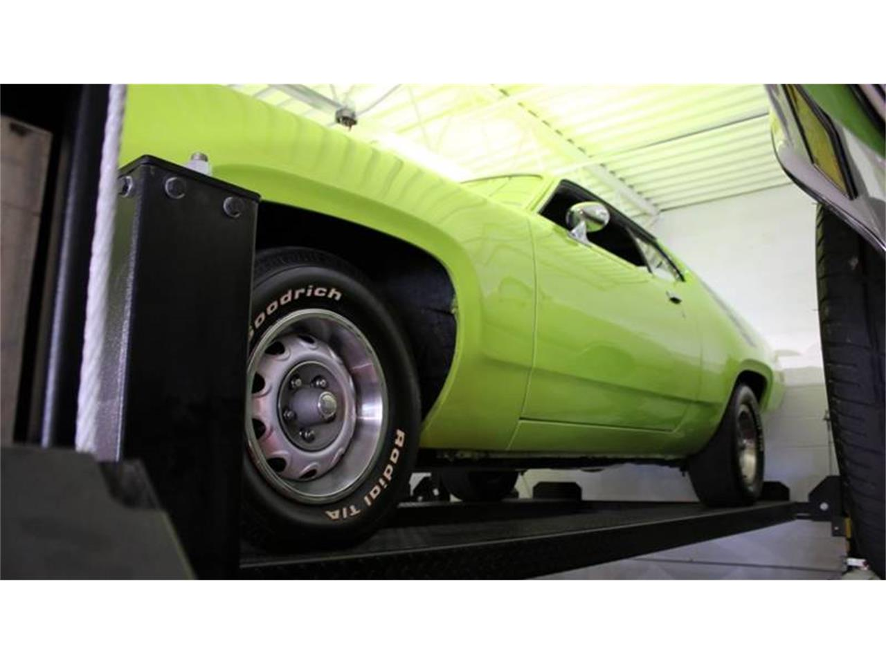 Large Picture of 1971 Plymouth Road Runner located in New York Offered by Great Lakes Classic Cars - QZ75