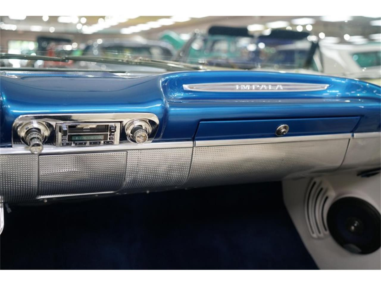 Large Picture of 1960 Impala - QZ76