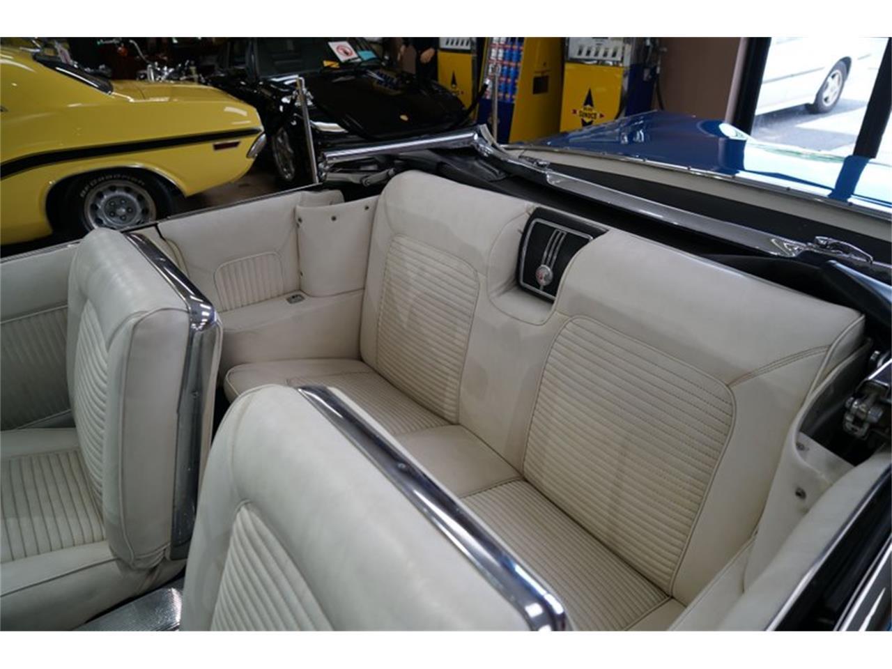 Large Picture of Classic 1960 Chevrolet Impala - QZ76