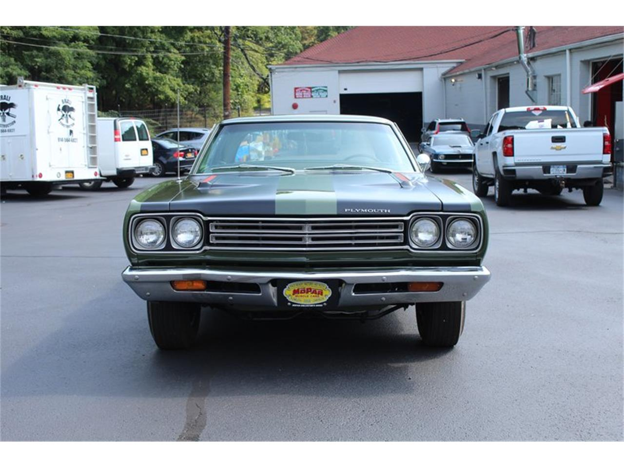 Large Picture of '69 Road Runner - QZCB