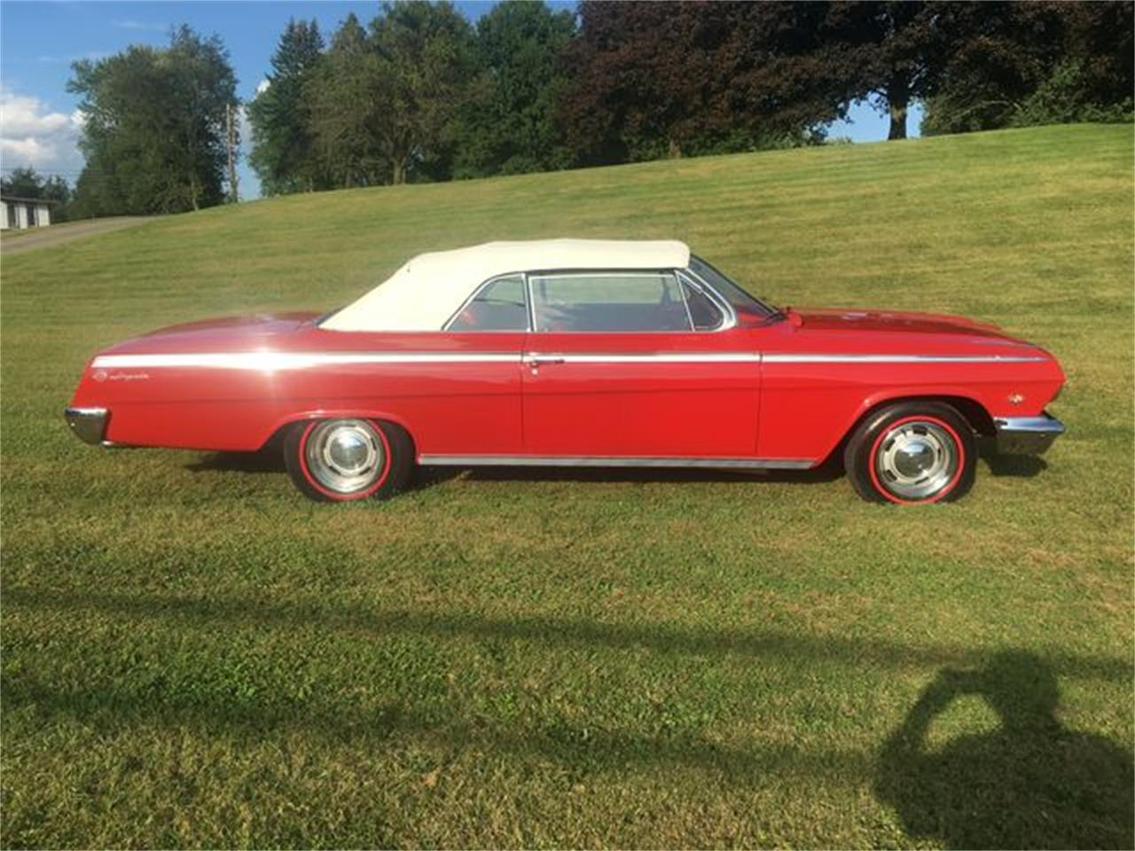 Large Picture of 1962 Chevrolet Impala SS - QZFU