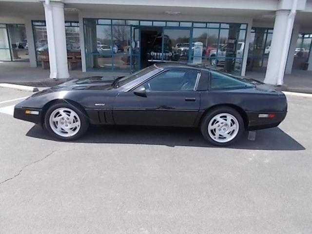 Picture of 1990 Chevrolet Corvette located in West Pittston Pennsylvania - $29,900.00 - QZLI