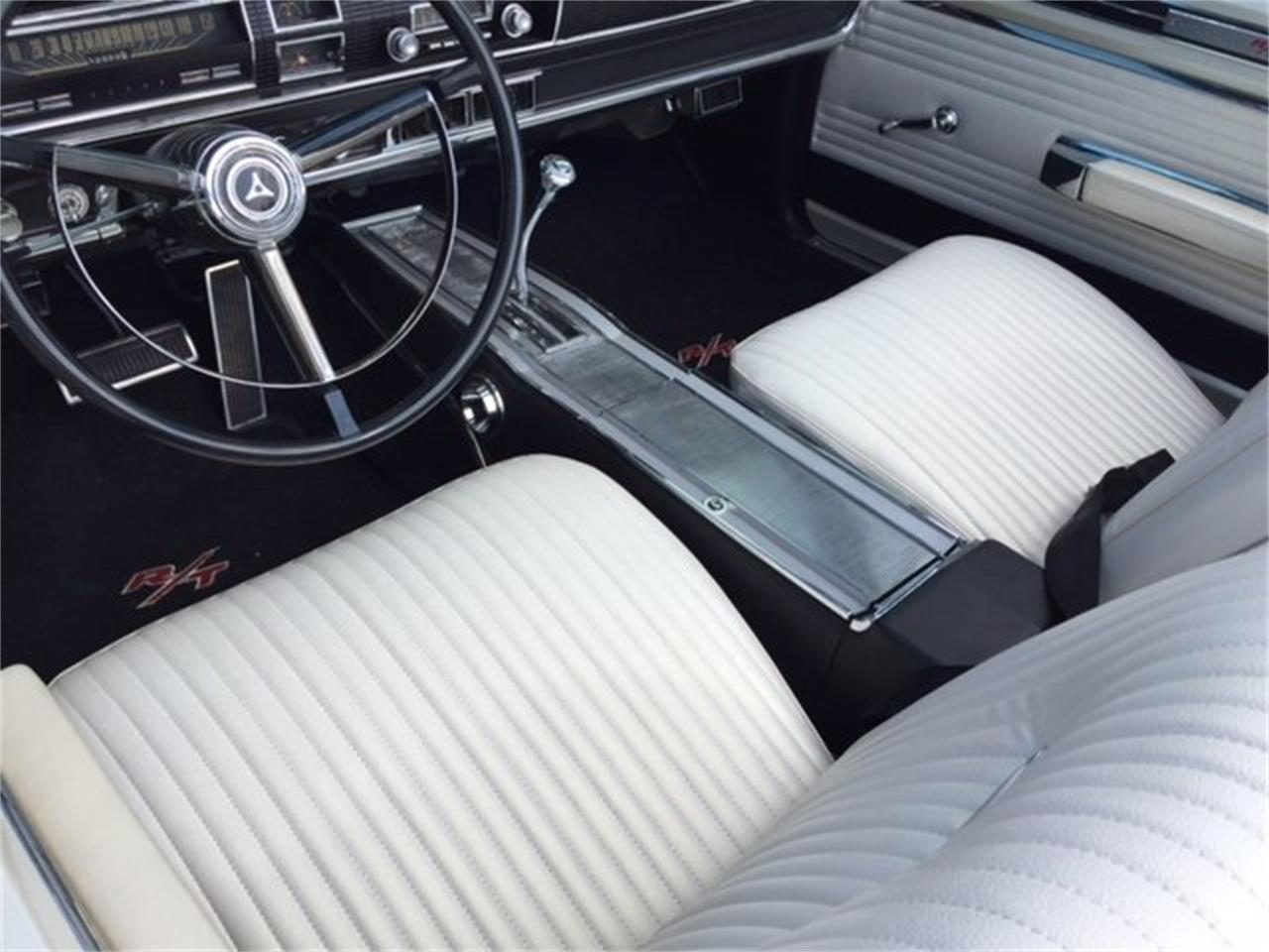 Large Picture of 1967 Dodge Coronet R/T located in Milford Ohio Offered by Ultra Automotive - QZLZ
