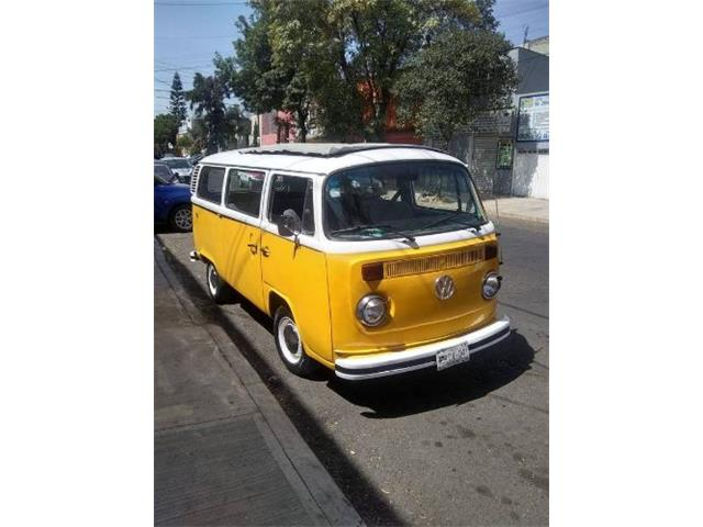Picture of 1975 Volkswagen Bus - $18,995.00 Offered by  - QZXT