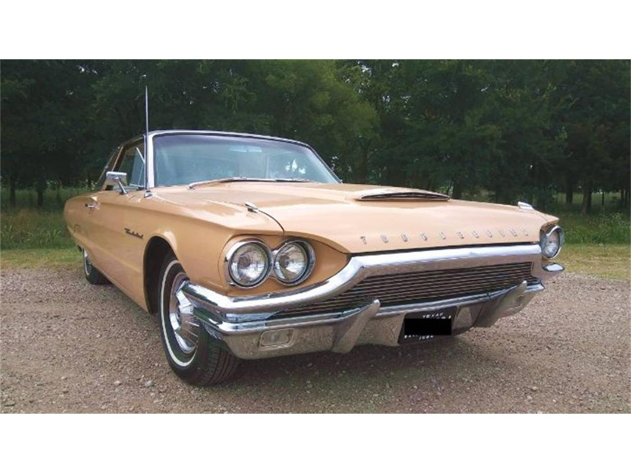 Large Picture of Classic 1964 Ford Thunderbird located in Michigan - $22,495.00 Offered by Classic Car Deals - QZZ4