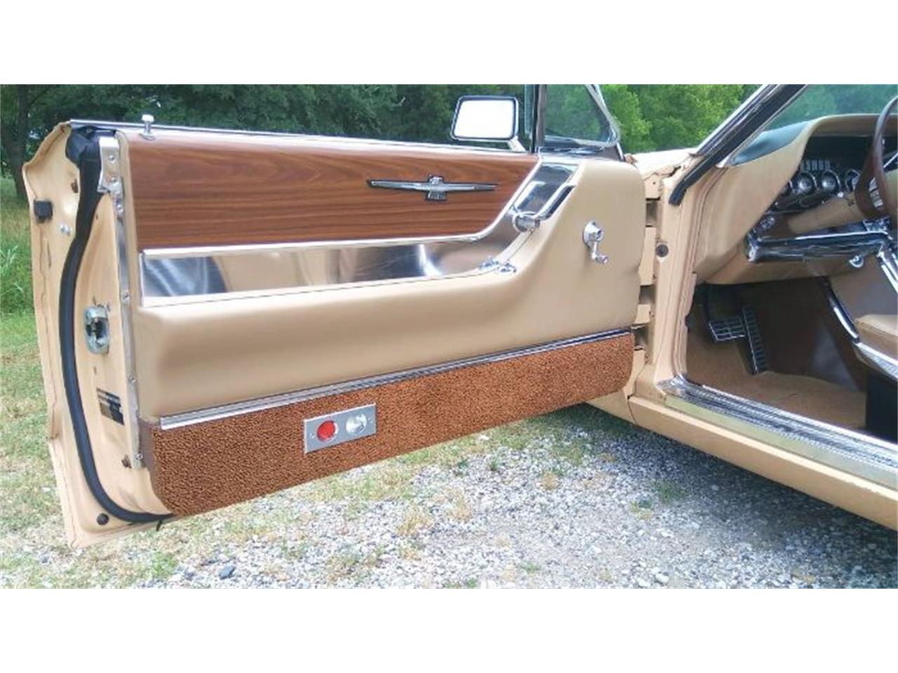 Large Picture of Classic 1964 Thunderbird - $22,495.00 Offered by Classic Car Deals - QZZ4