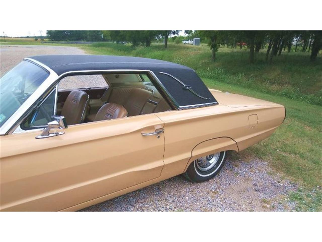 Large Picture of '64 Thunderbird - $22,495.00 - QZZ4