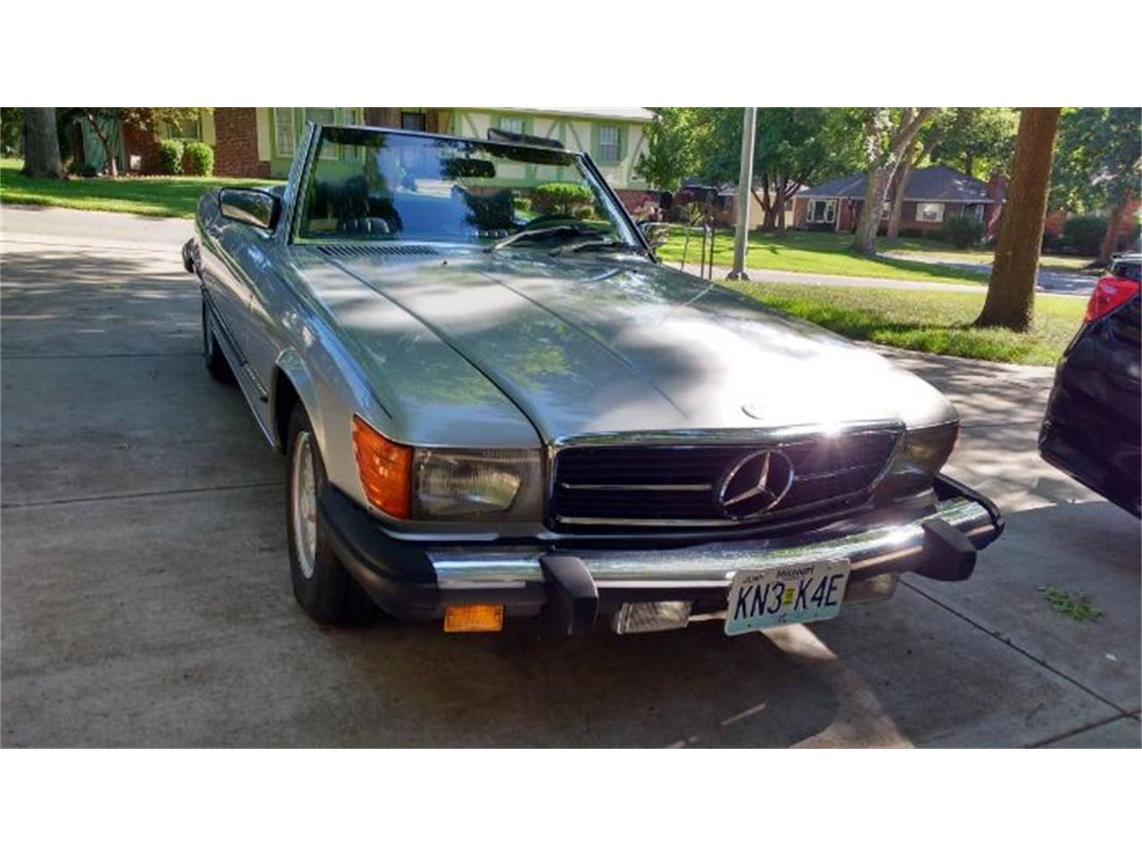 Large Picture of '79 Mercedes-Benz 450SL located in Michigan - $11,395.00 Offered by Classic Car Deals - R04C