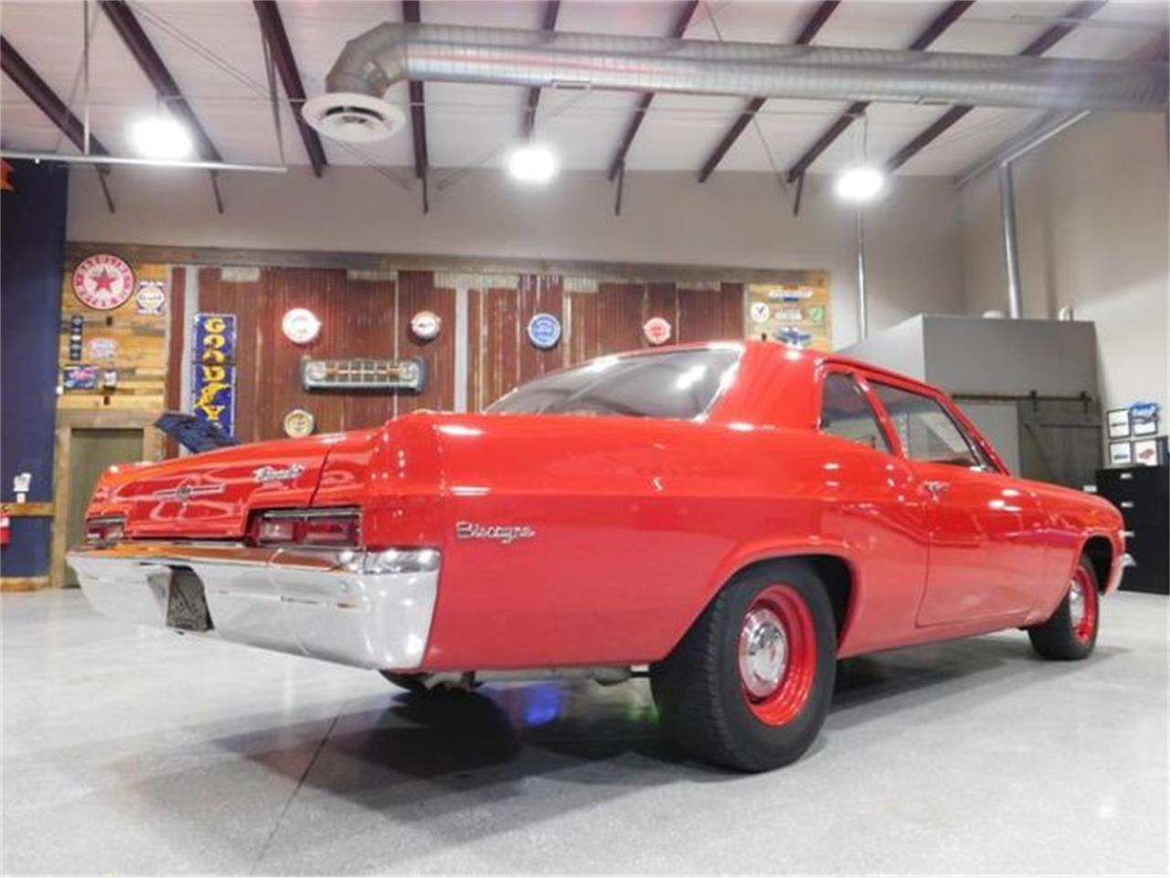 Large Picture of '66 Biscayne - R07M