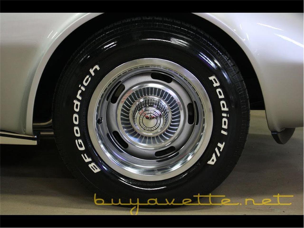 Large Picture of '75 Corvette - R10P