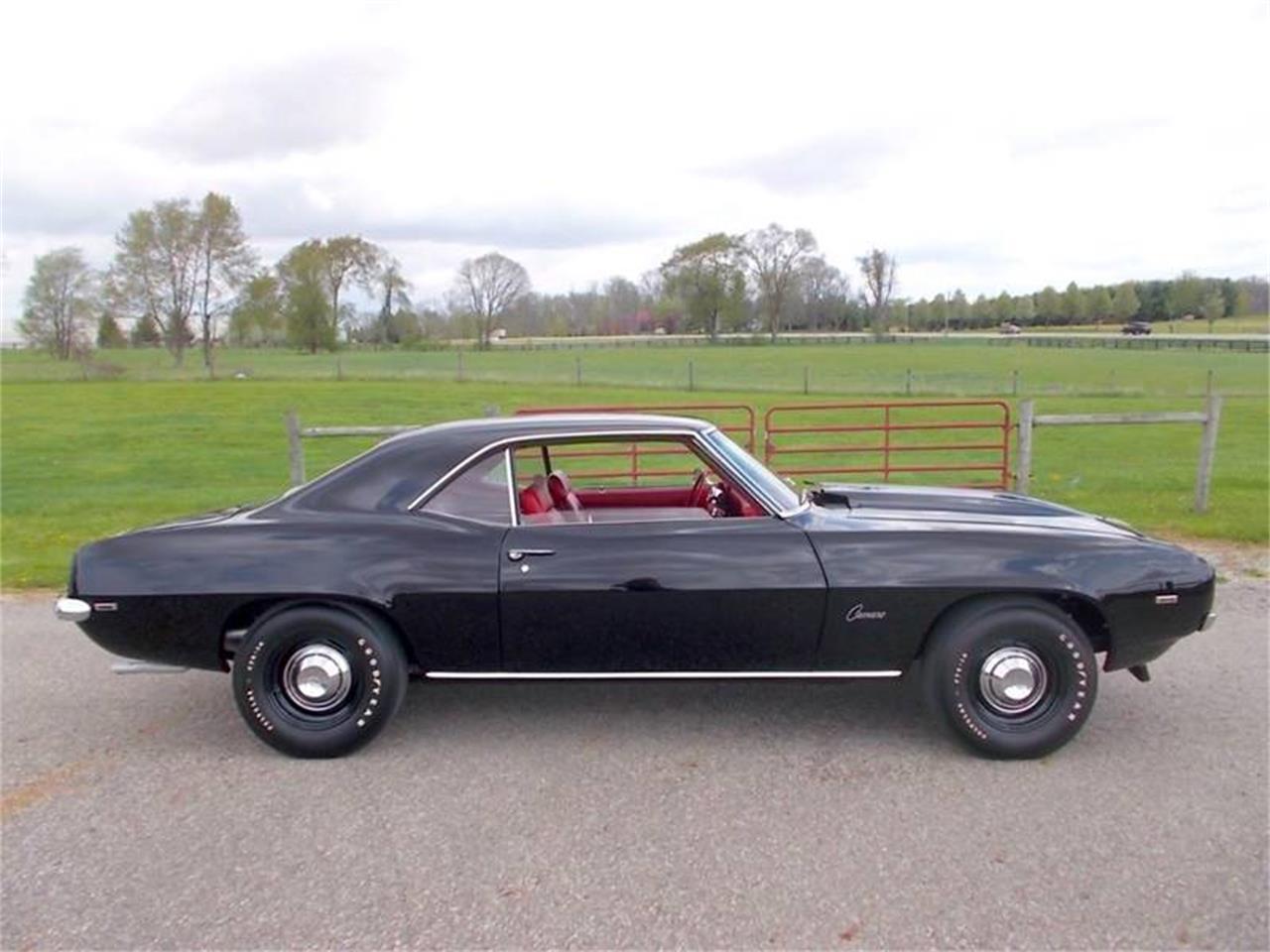 Large Picture of '69 Camaro - R11C