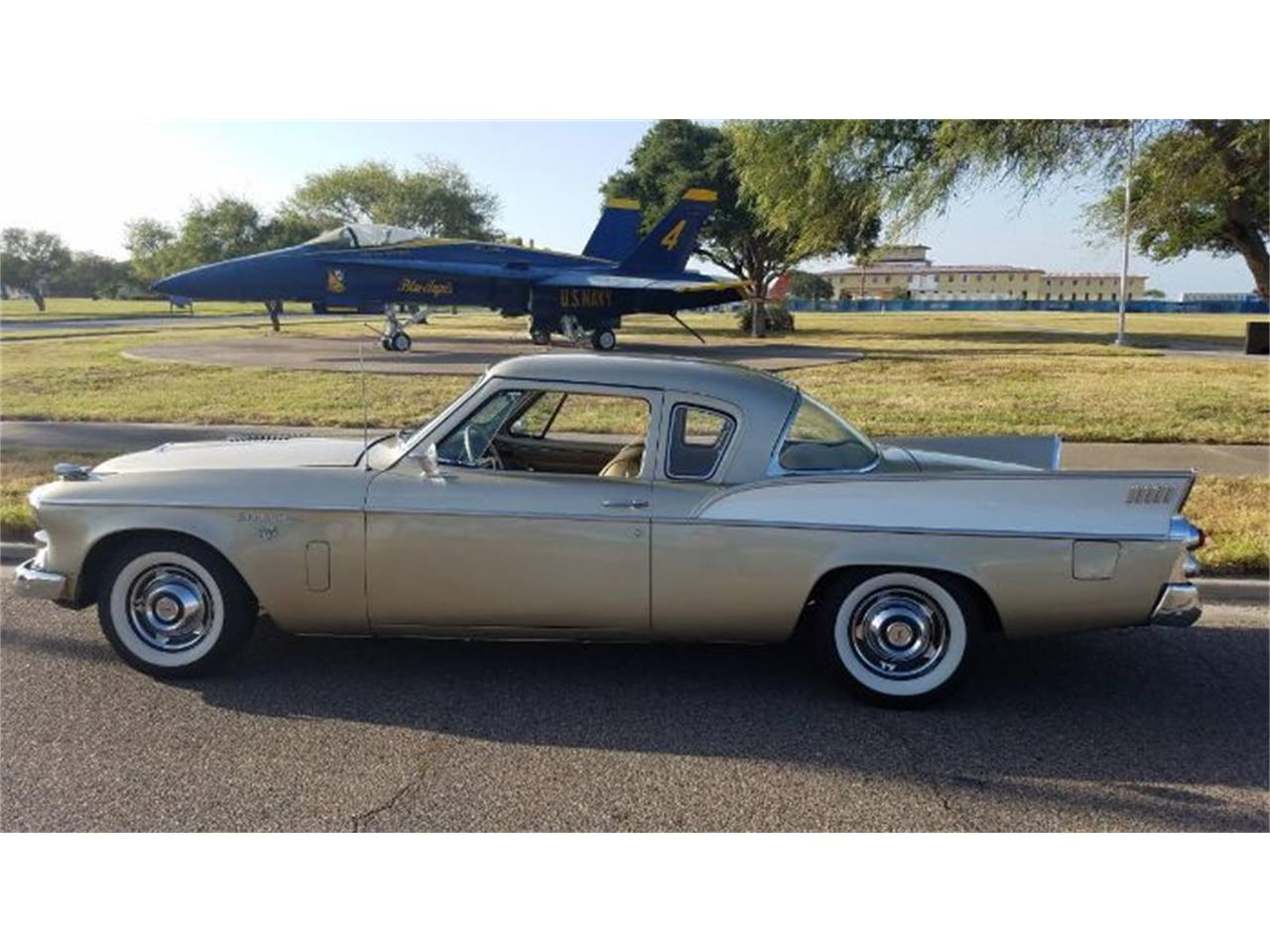 Large Picture of '58 Silver Hawk - R0B5