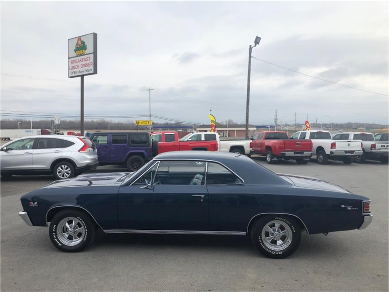 Large Picture of '67 Chevelle - R15L