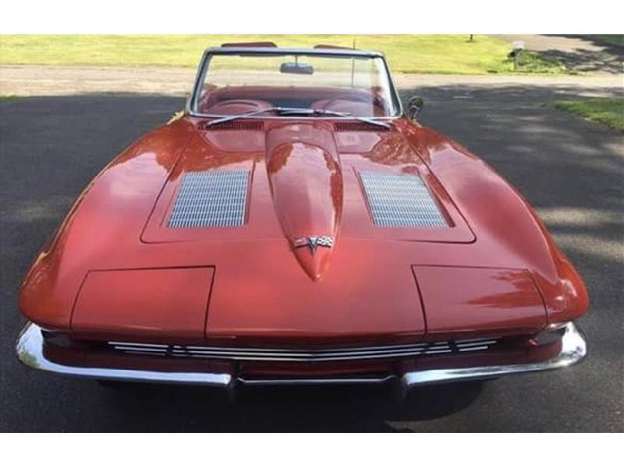 Large Picture of '63 Corvette - R16E