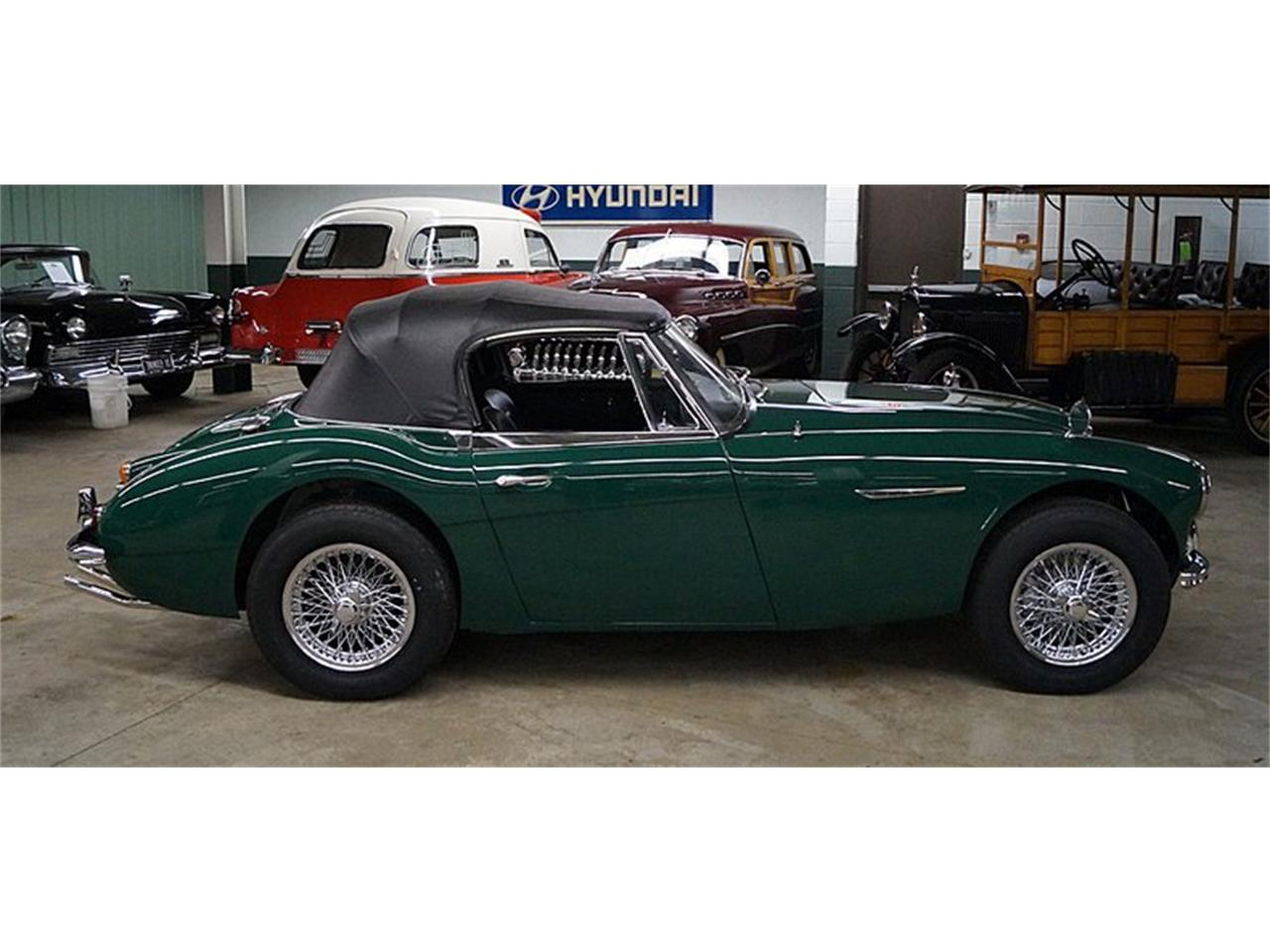 Large Picture of '67 Austin-Healey 3000 Mark III BJ8 - R16P