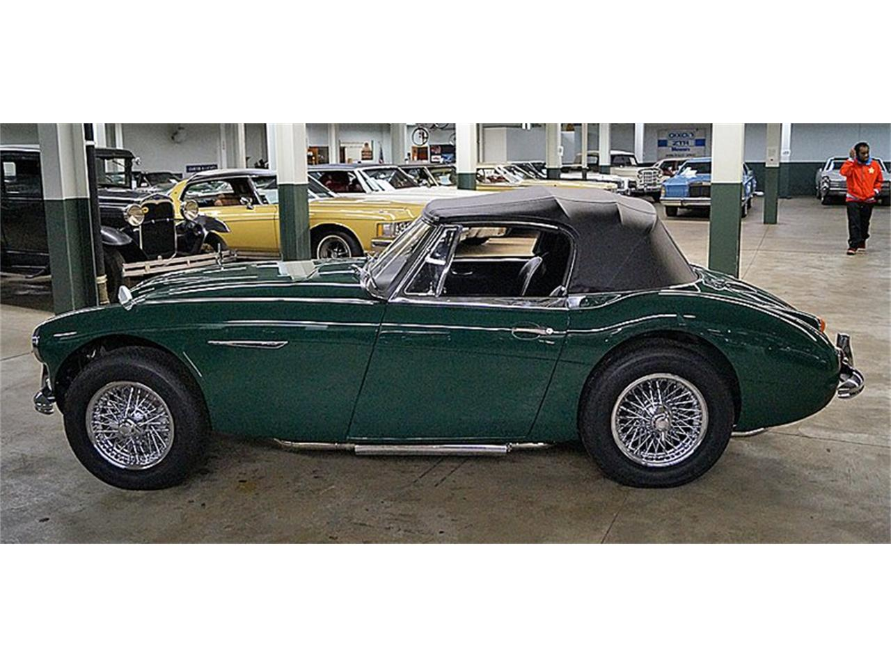 Large Picture of '67 Austin-Healey 3000 Mark III BJ8 located in New York Auction Vehicle Offered by Saratoga Auto Auction - R16P