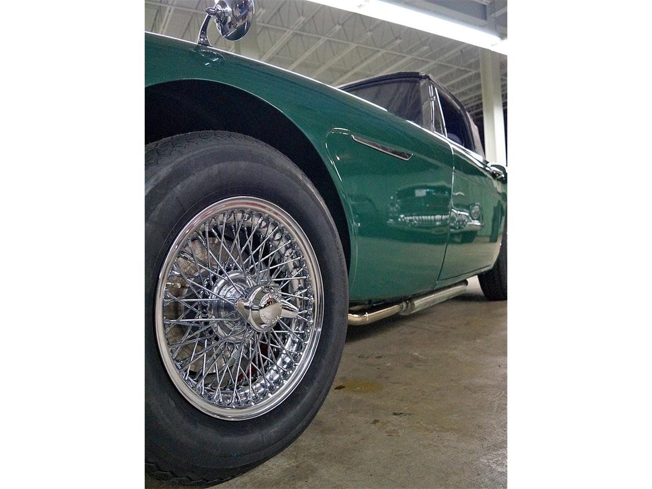 Large Picture of Classic 1967 Austin-Healey 3000 Mark III BJ8 Auction Vehicle - R16P