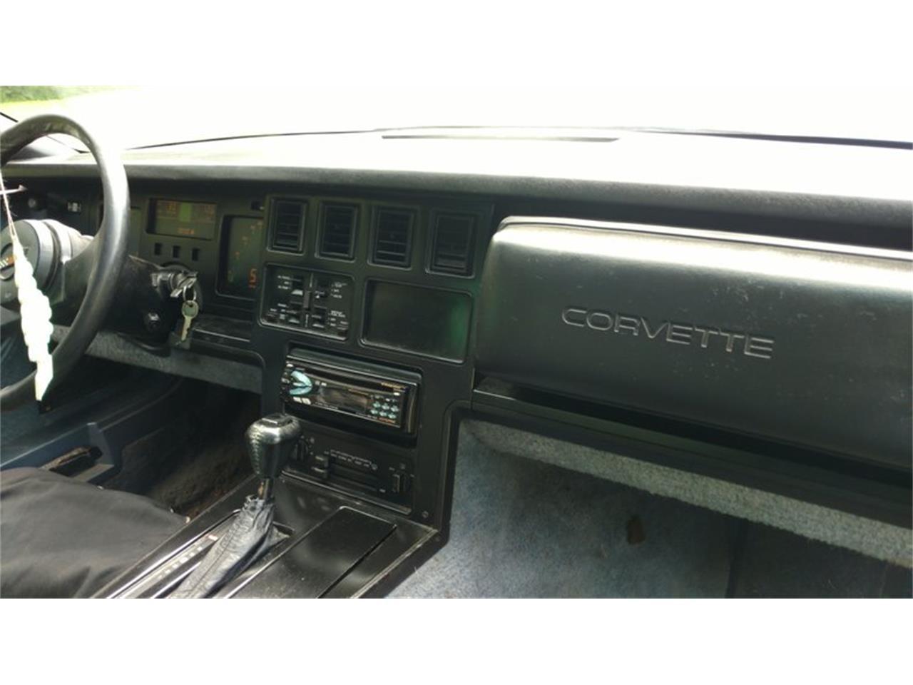 Large Picture of '85 Corvette - R177