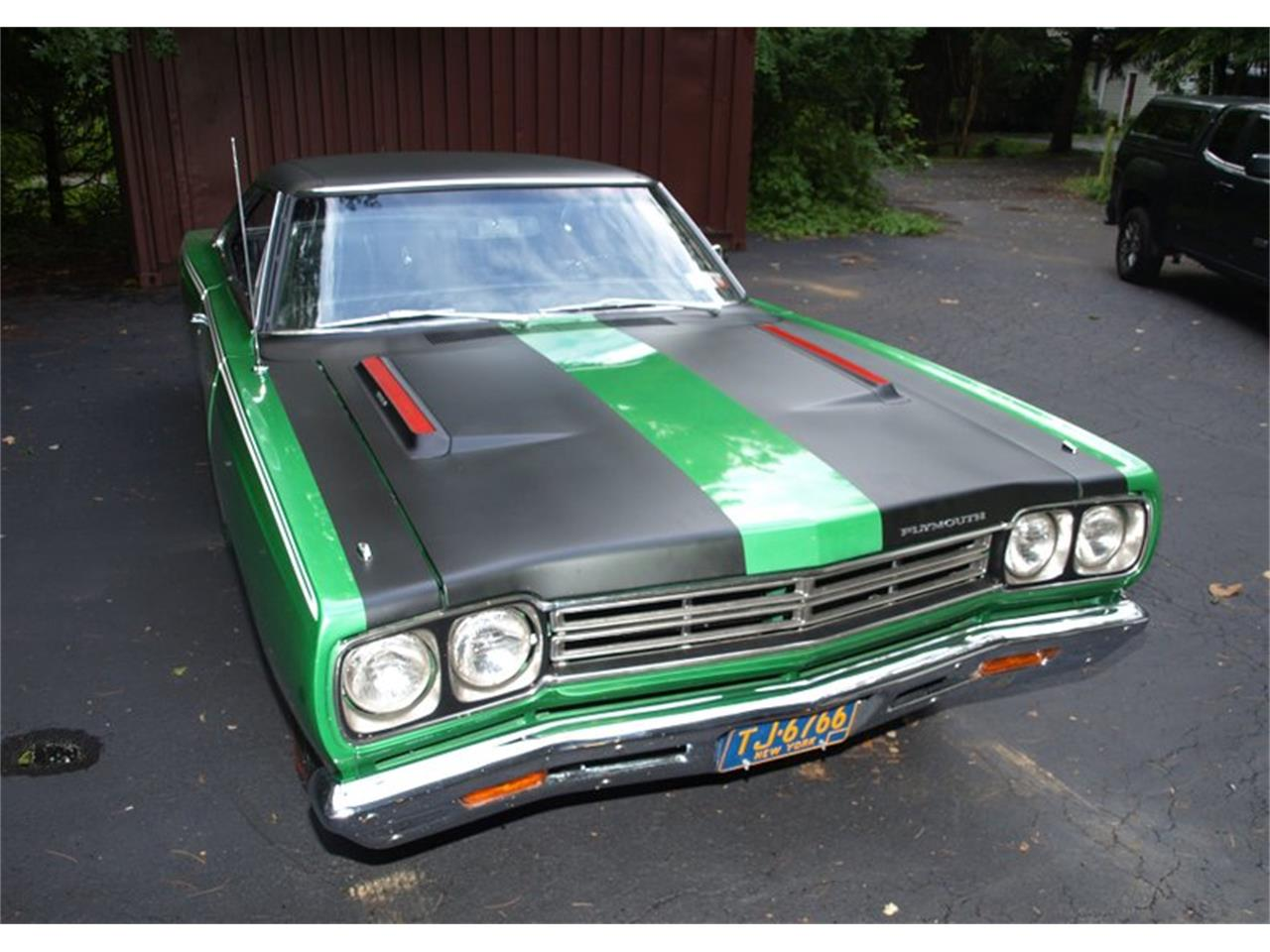 Large Picture of '69 Road Runner - R17M