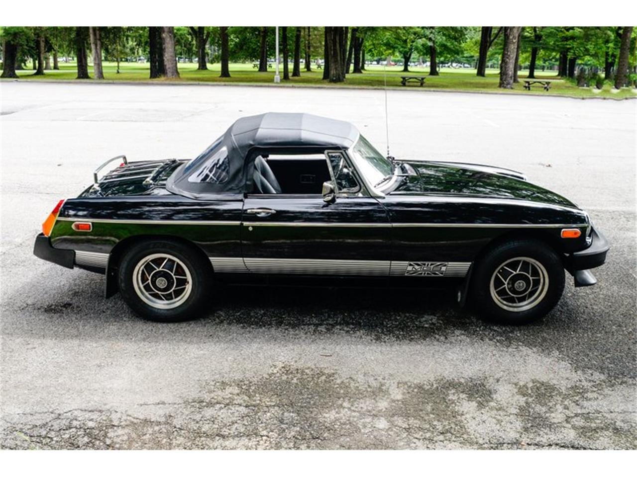 Large Picture of '79 MGB Offered by Saratoga Auto Auction - R18T