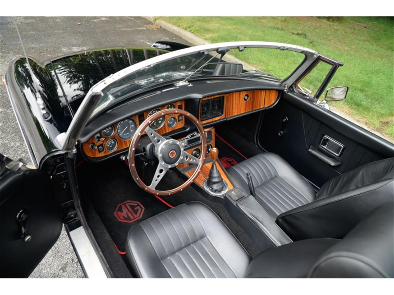 Large Picture of 1979 MGB located in Saratoga Springs New York Auction Vehicle Offered by Saratoga Auto Auction - R18T