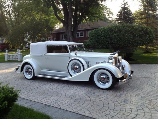 1934 Packard Victoria Rollston
