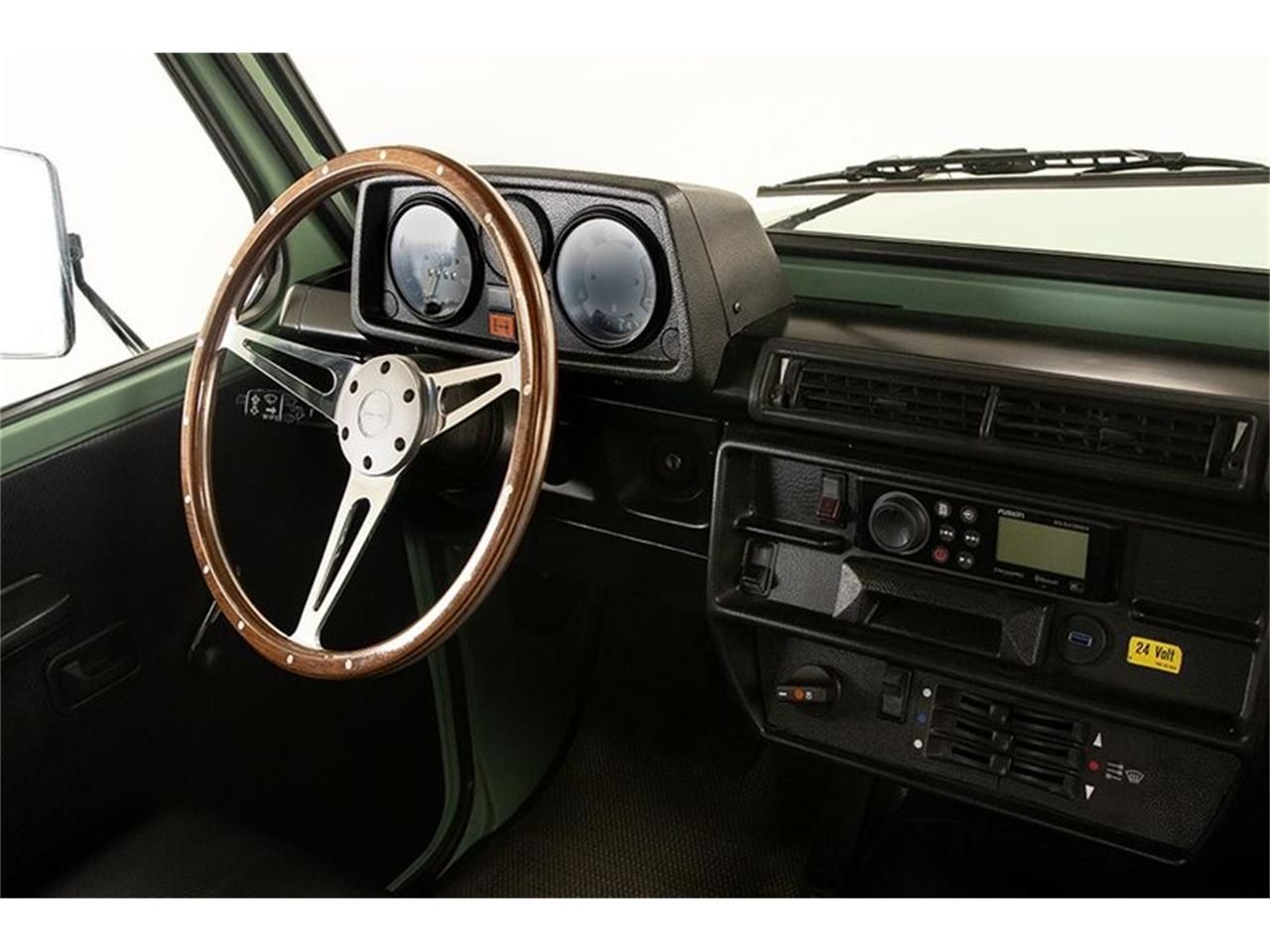 Large Picture of 1990 Mercedes-Benz 230 located in New York Offered by Saratoga Auto Auction - R1AH