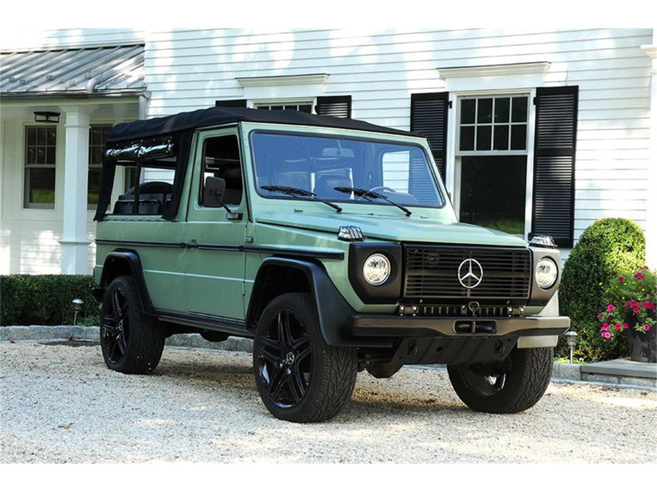 Large Picture of 1990 Mercedes-Benz 230 located in Saratoga Springs New York Auction Vehicle Offered by Saratoga Auto Auction - R1AH