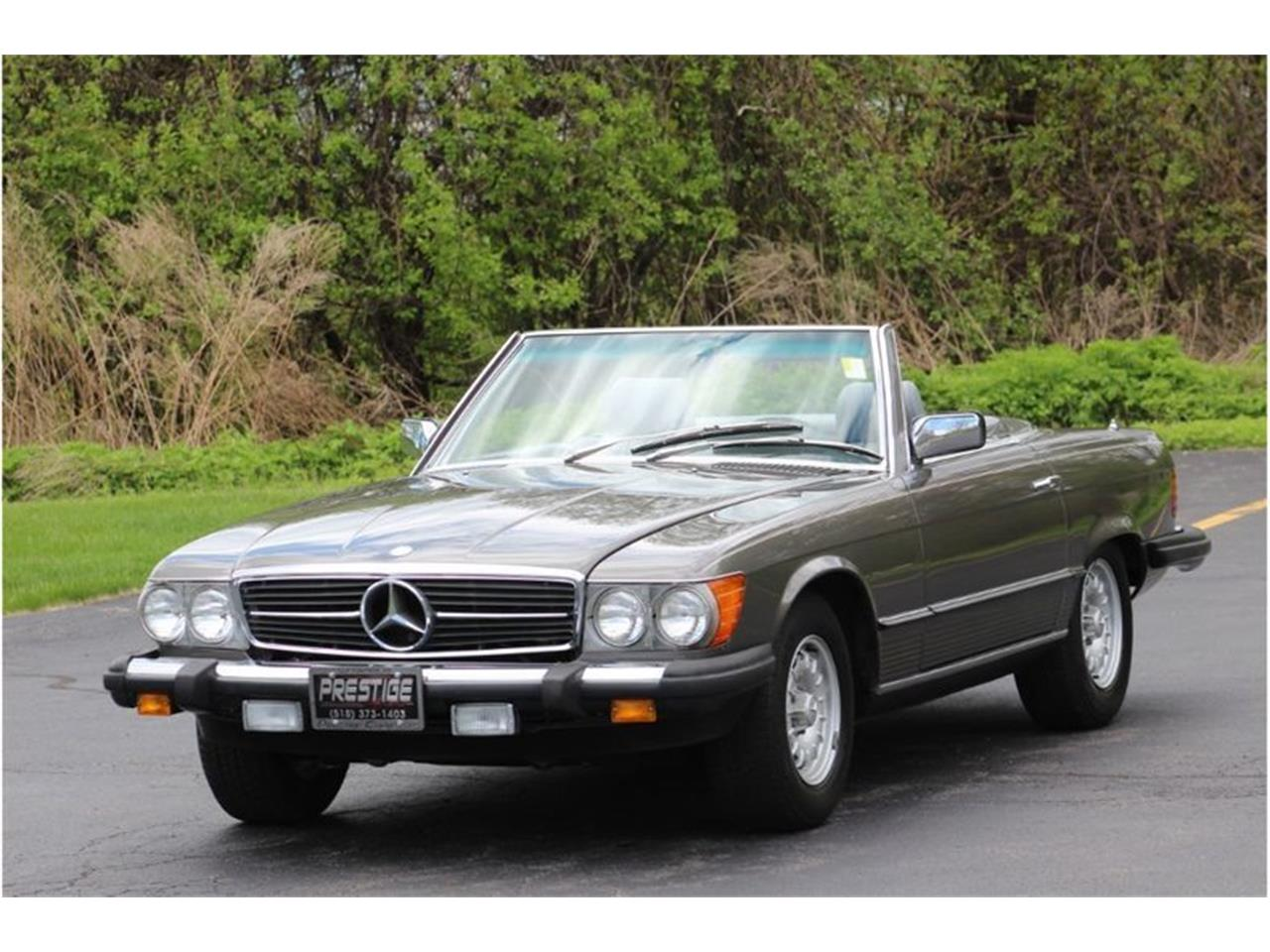 Large Picture of 1983 Mercedes-Benz 380SL located in New York Auction Vehicle Offered by Saratoga Auto Auction - R1AI