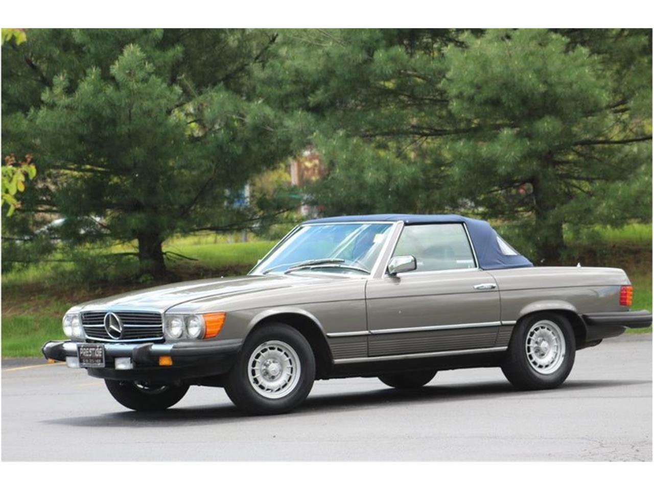 Large Picture of 1983 380SL located in New York Offered by Saratoga Auto Auction - R1AI