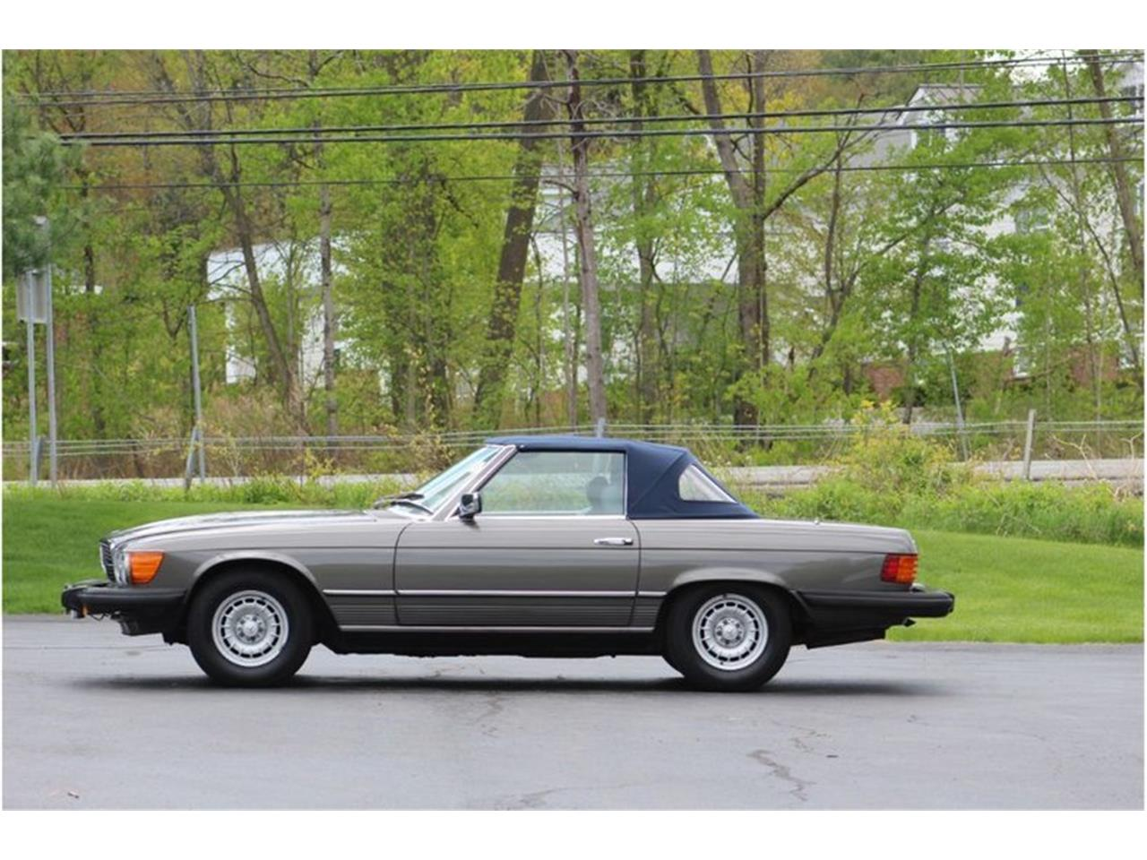Large Picture of '83 380SL located in New York - R1AI
