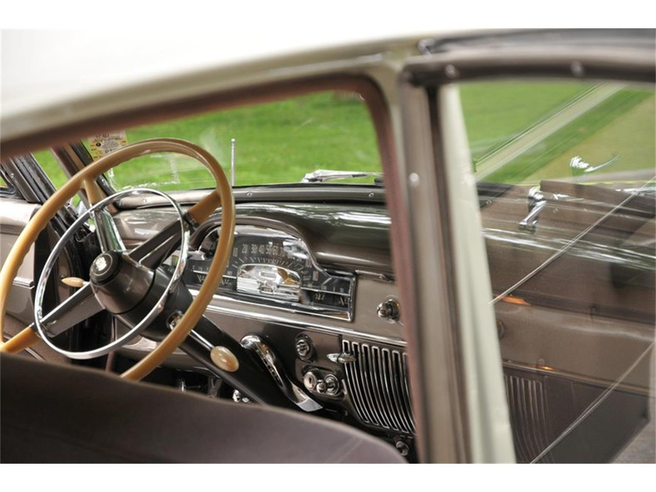 Large Picture of Classic '50 Series 61 located in New York Auction Vehicle Offered by Saratoga Auto Auction - R1B2
