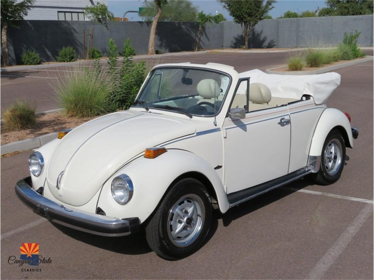 Large Picture of 1976 Volkswagen Beetle located in Tempe Arizona Offered by Canyon State Classics - R1BI