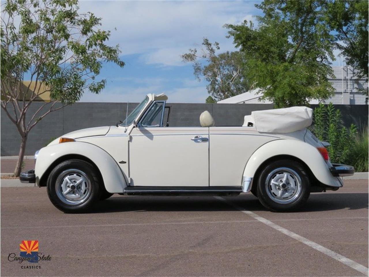 Large Picture of 1976 Volkswagen Beetle located in Arizona - R1BI