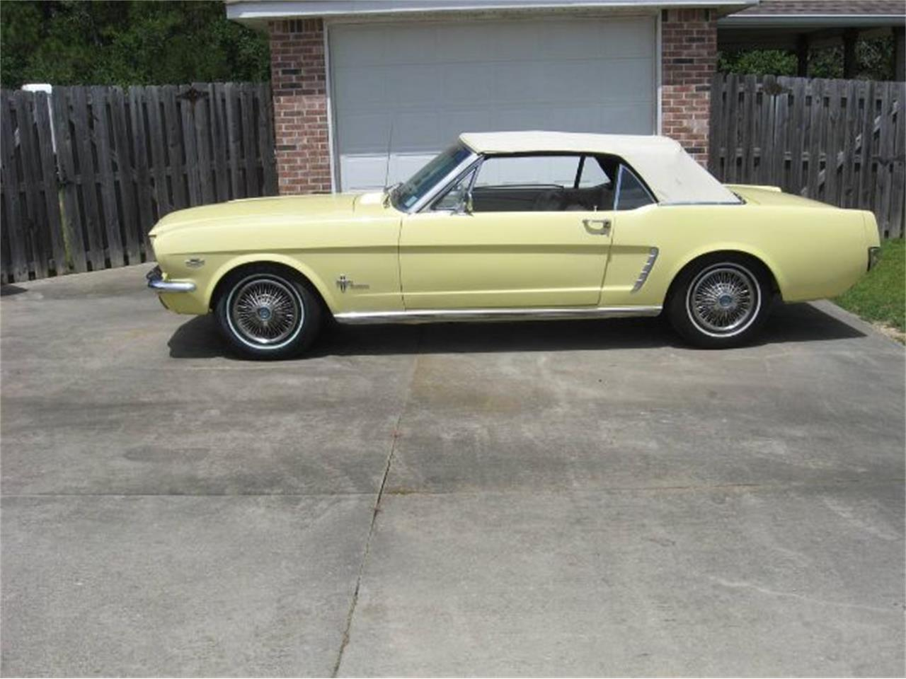 Large Picture of '64 Mustang - R1BR