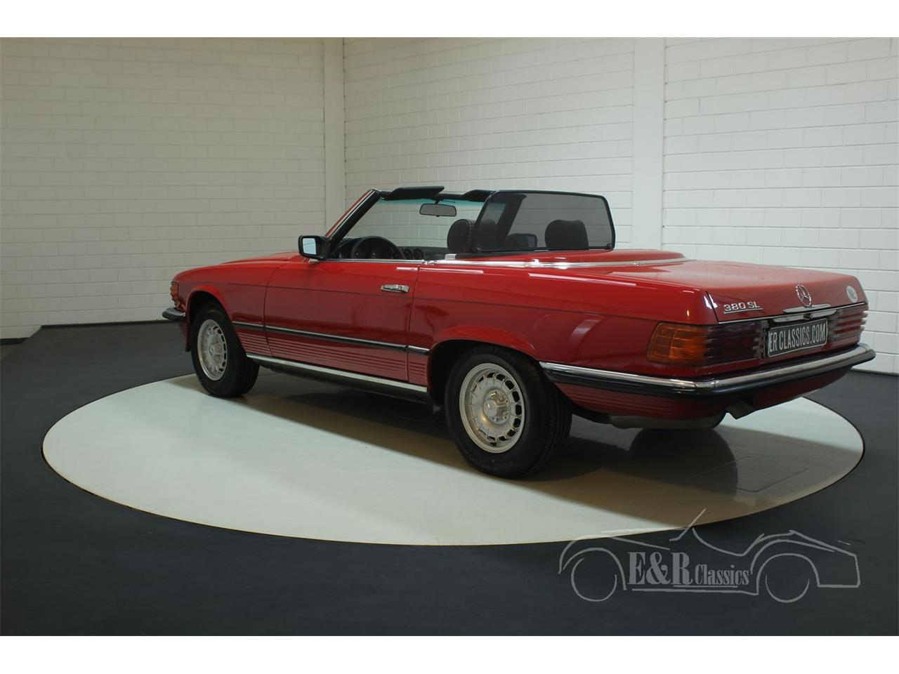 Large Picture of '85 380SL - $38,550.00 Offered by E & R Classics - R1DJ