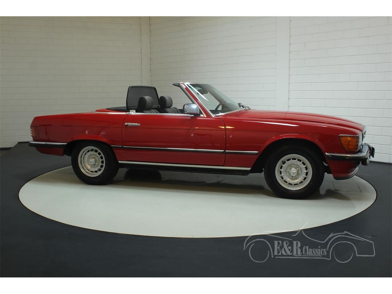 Large Picture of 1985 380SL located in Waalwijk Noord-Brabant - $38,550.00 Offered by E & R Classics - R1DJ