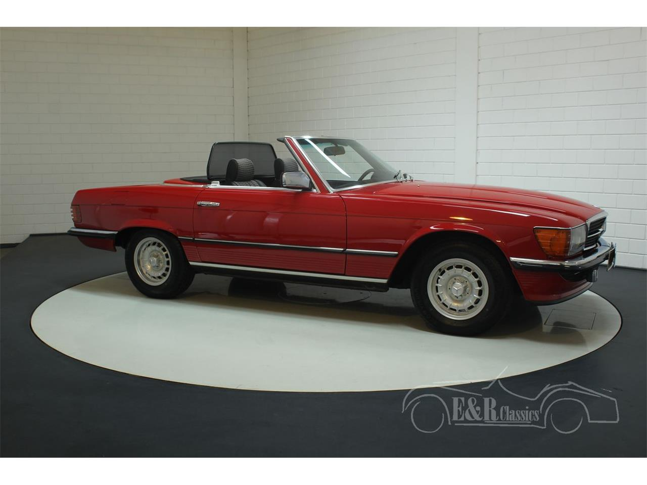 Large Picture of 1985 380SL located in Waalwijk Noord-Brabant - $38,550.00 - R1DJ