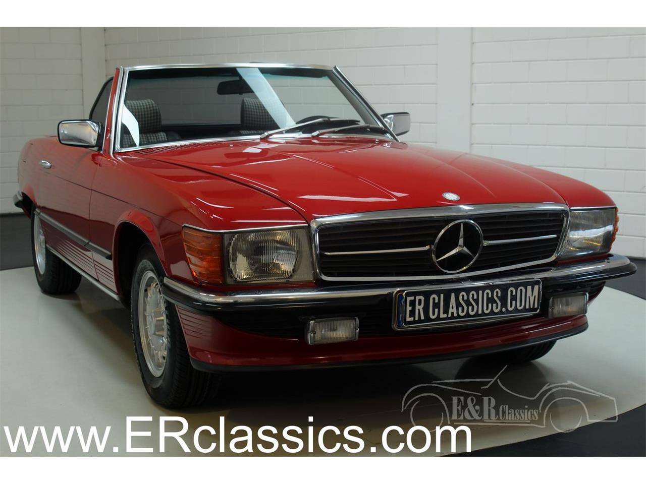 Large Picture of 1985 Mercedes-Benz 380SL located in Waalwijk Noord-Brabant - $38,550.00 Offered by E & R Classics - R1DJ