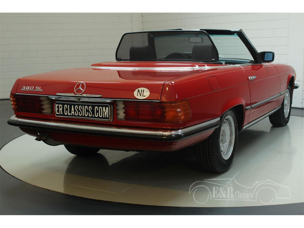 Large Picture of 1985 380SL located in Waalwijk Noord-Brabant Offered by E & R Classics - R1DJ