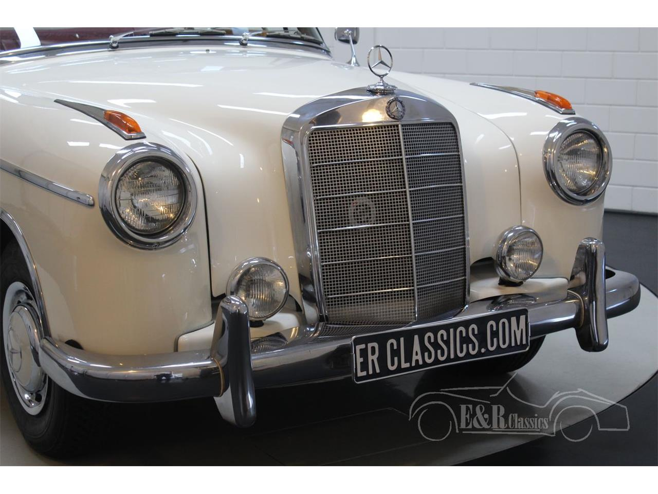 Large Picture of Classic 1960 220SE - $143,800.00 - R1DL